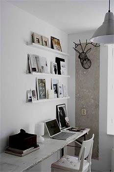 Picture ledges, Picture shelves and picture rails
