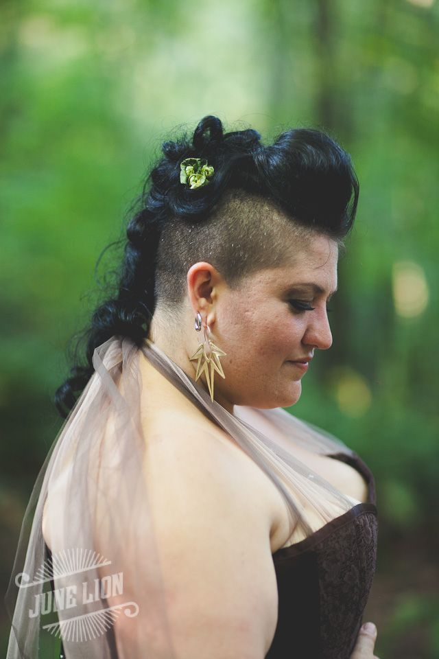 Formal faux hawks, undercuts, and other lady-mohawk awesomeness offbeatbride.com