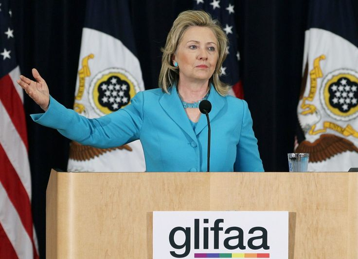 Hillary Clinton's Email About Gay Parents Should Seriously Trouble Her LGBT Supporters