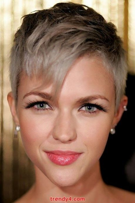 super cute short haircuts best 25 pixie ideas on 2510 | 48847255811fb019134bbc9619fdcb75 pixie cut hairstyles girl hairstyles