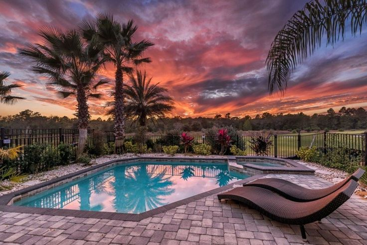 This five bedroom modern villa is located on a PGA golf course in Reunion Resort, about twelve minutes away from Walt Disney World! It is furnished with modern and contemporary furnishings as well as children themed bedrooms including the 'Minions'! Sleeping up to 14 guests, there...