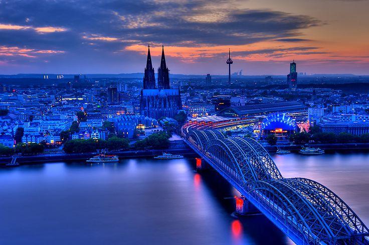 Köln in blue...