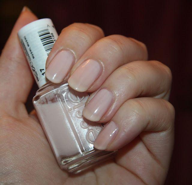 """Tsarina """"My World"""": Реанимация лака Essie. Лак для ногтей Essie #17 Muchi Muchi, Связывающая основа Clear Bond от INM, Топ сушка Sally Hansen Insta-Dri"""