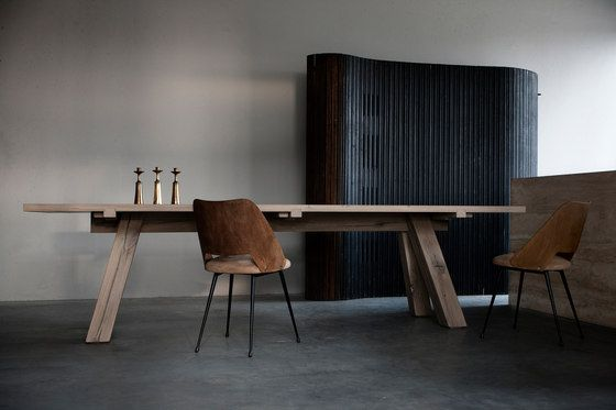 Lens dining table by Van Rossum | Architonic