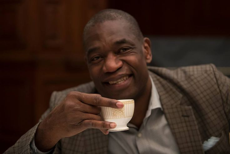 Ahead of #NBALondon, England's own John Amaechi took Dikembe Mutombo, Isiah Thomas & Marcus Camby for a traditional Afternoon Tea...and it was hilarious.