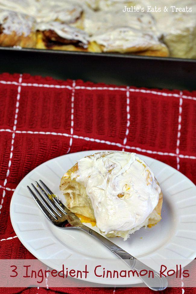 3 Ingredient Cinnamon Rolls ~ Quick & Easy Cinnamon Rolls via www.julieseatsandtreats.com #recipe #breakfast #rolls
