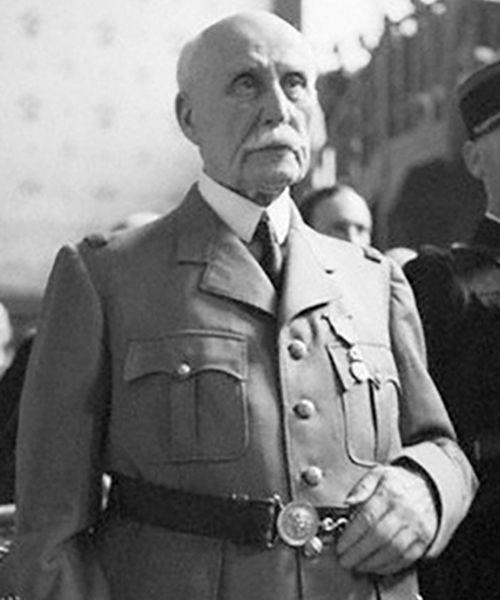 23 Jul 45: Treason trial begins against Marshal Philippe Pétain, Chief of State of the Vichy France puppet government after the German conquest. He will be found guilty and sentenced to death, commuted to life imprisonment by Charles de Gaulle. More: http://scanningwwii.com/a?d=0723&s=450723 #WWII