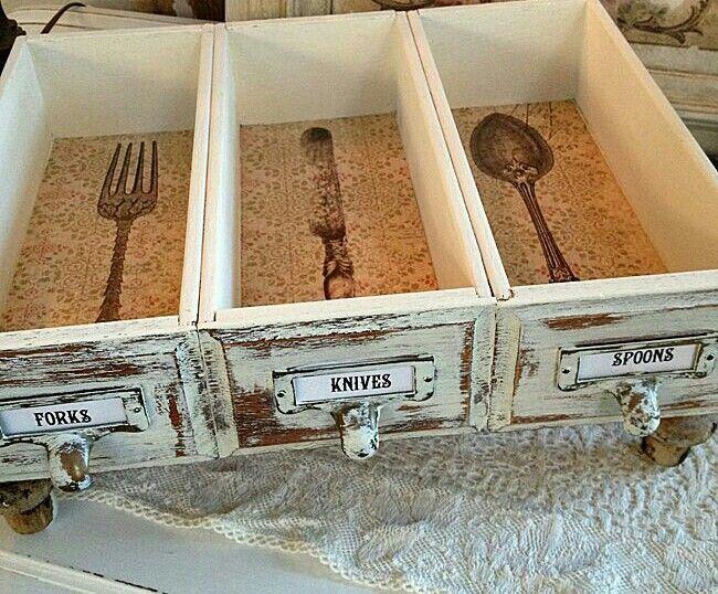Best 25 silverware storage ideas on pinterest kitchen for Creative silverware storage