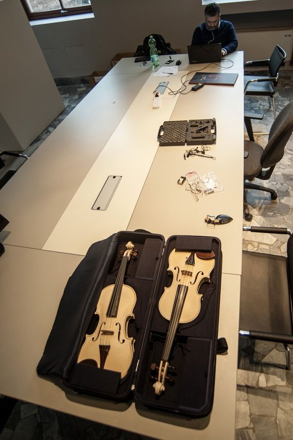 The instruments are ready to be analysed at the Acoustic Lab.