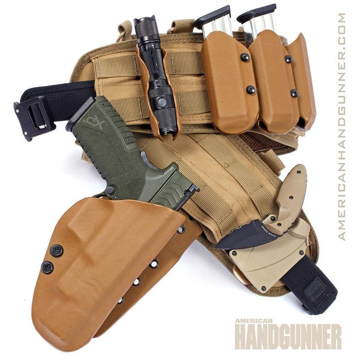 "Man up for Monday. Viper Holsters Threat Response Kit is a ""don it and get to work"" equipment belt, perfect for home defense or field work if your job takes you into scary places. That's an XDm 5.25 customized by TMT Tactical. From the July/August 2017 issue of American Handgunner. ---------- #viperholsters #springfieldarmory #xdm #igmilitia #righttobeararms #2a #madeinamerica #manupmonday"