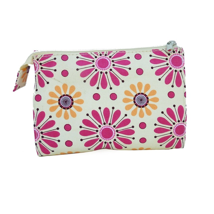 Large Cosmetic Bag, Pink Daisy.: Cosmetics Bags, Pink Daisies, Comfy Clothing, Large Cosmetics, Things Pretty, Cosmetic Bag, Girls Things, Fun Accessories, Surface Design