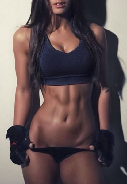 Body inspiration! Her abs  I'm wanna make them my abs