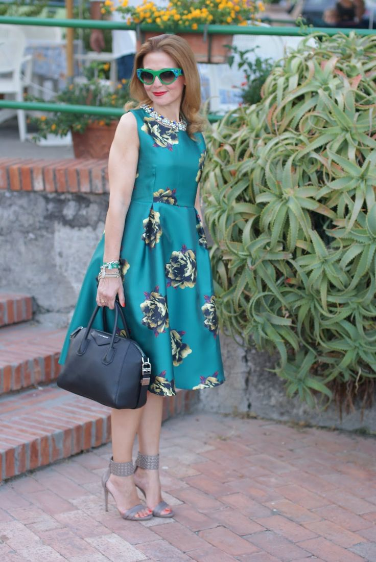 #dress -Classy and fabulous for a dinner date