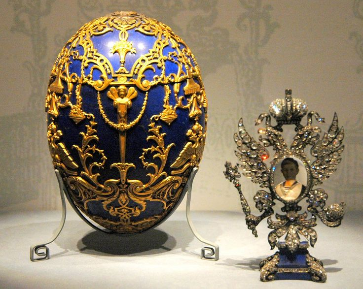 Faberge Egg made in enameled gold with its Imperial Eagle surprise.