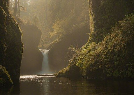 Punch Bowl Falls - Oregon - My favorite hike I went on in the Columbia Gorge!