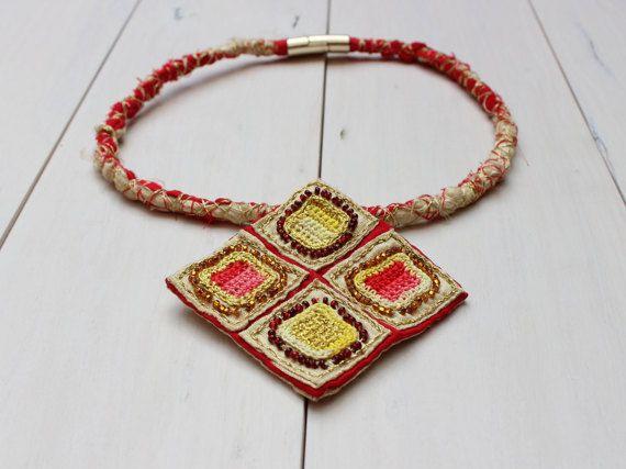 Necklace Dragon Eye #handcrafted #jewellery #crochet #beads #silk