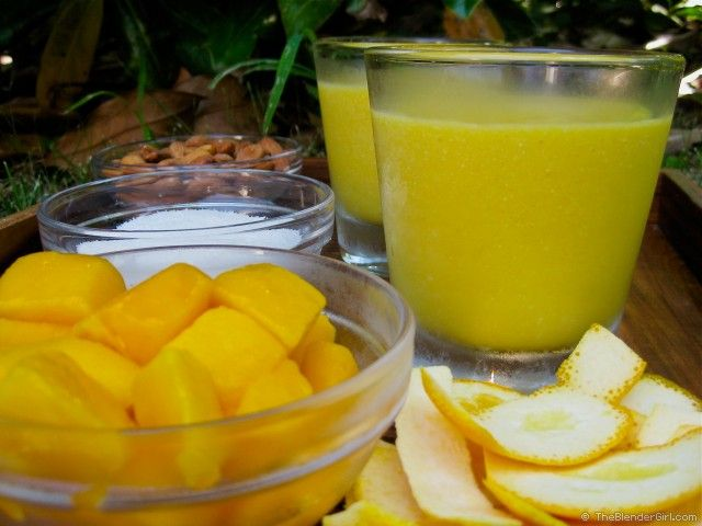 Raw Vegan Mango Coconut Bliss Smoothie - This vegan mango coconut water smoothie hits the spot. Raw Vegan and Delicious. Just throw in your blender and serve. YUMMO!