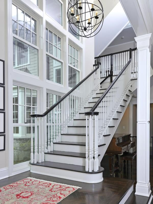 Staircase : Open and Bright : Big Windows - I am a little weirded out by the dimensions of this space because I feel like this building might be really tall but I LOVE the windows
