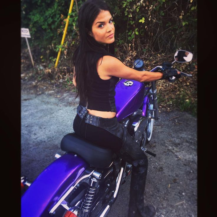 17 Best images about OC face claim: Marie Avgeropoulos on ...