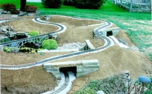 garden railways- shows a nice bit of construction detail