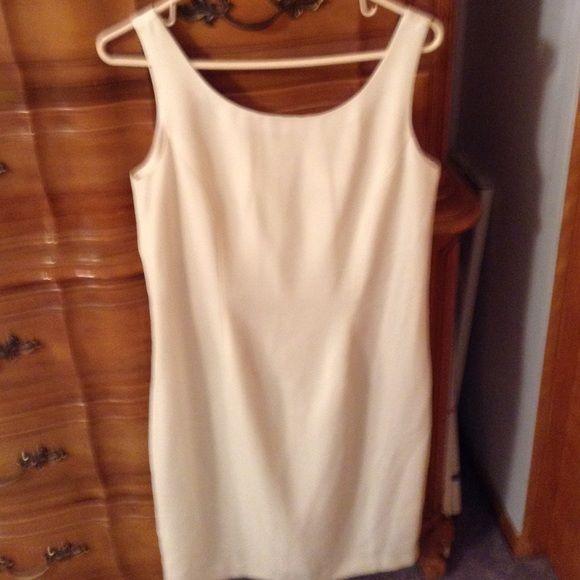 Scoop neck dress White scoop neck dress. Chadwicks Dresses Midi