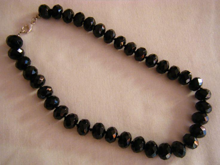 collana girocollo in onice nero,fatta a nodi
