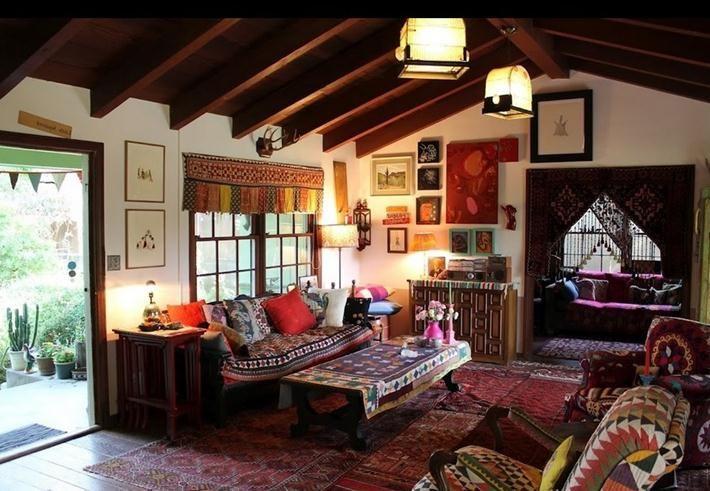 Bed Design Ideas Interior Decorating Room Themes Ideas Decor