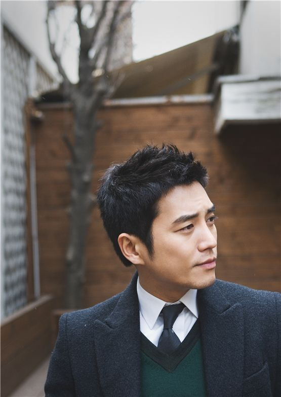 Joo Sang Wook - not as cute as LMH oppa but this guy is super gorgeous!