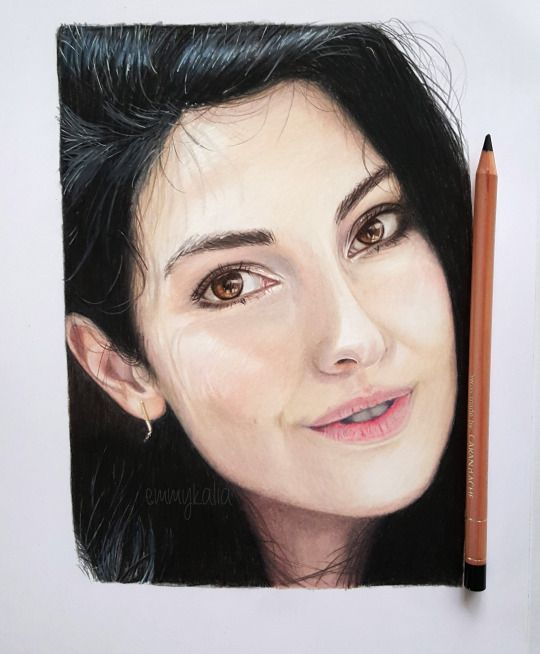 Drawing Anna Nooshin with Caran d'ache luminance colored ... Emmy Kalia