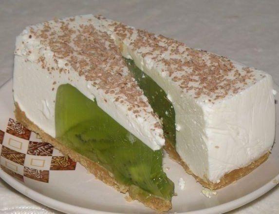 Желейный торт из киви и сметаны без выпечки | Четыре вкуса