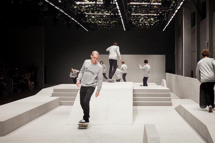 Image of Carven Stages Its First Fashion Show in China