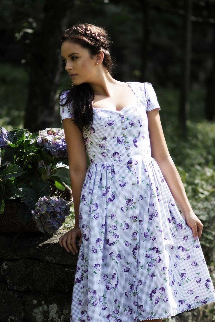 dirndlkleid violet imperial purple roosaroth kollektion