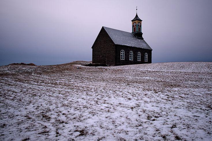 https://flic.kr/p/E7WTbs | Hvalsneskirkja. Reykjanes, Iceland. | Stone church dating back to 1887.