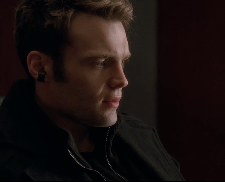 Seth Gabel Lincoln Lee | Fandom: Fringe | Pinterest
