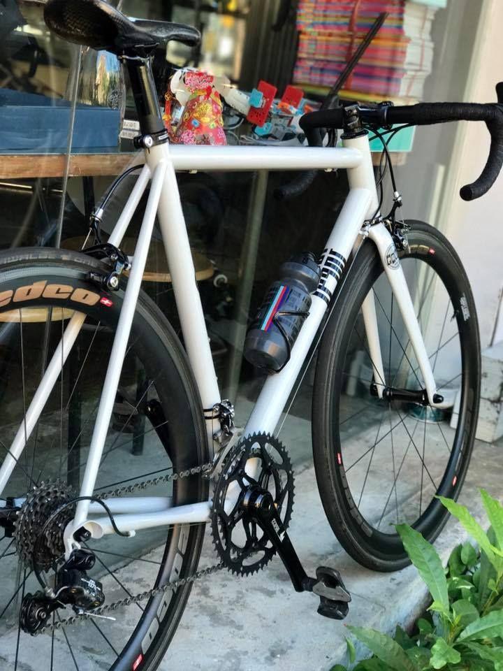 Legor Cicli Model: Porreca road Photo: LoVelo | Bikes