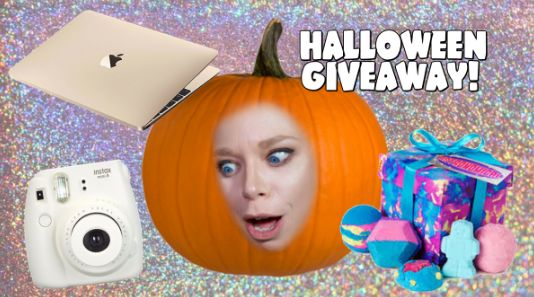 Grav3yardgirl – Win a Gold Macbook, Instax Camera, Lush Goodies and more - http://sweepstakesden.com/grav3yardgirl-win-a-gold-macbook-instax-camera-lush-goodies-and-more/