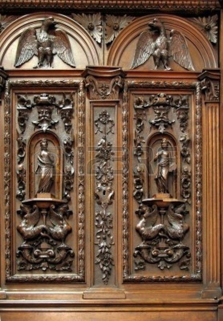 Antiguo closet con tallas de madera - hermoso mobiliario colonial holandés del siglo 17