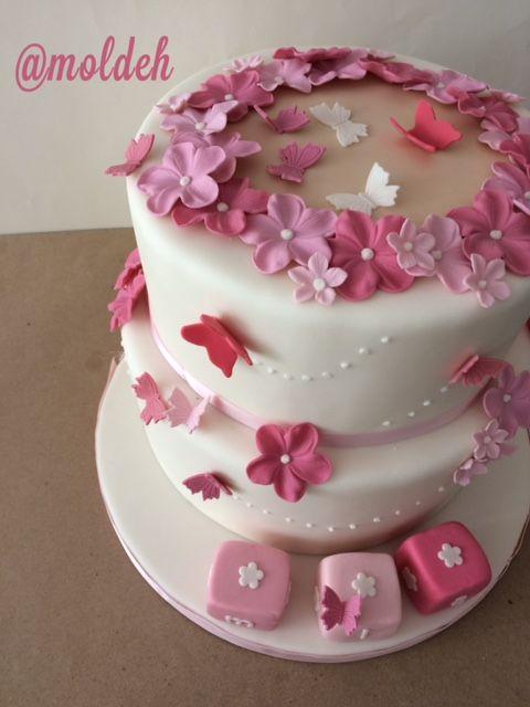 Pastel de flores para Mia // Mia's pink flowers cake