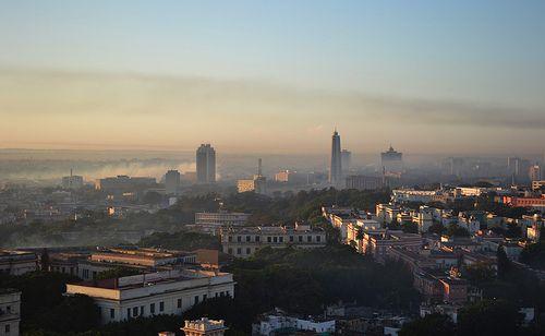 """""""La Habana 6 a.m."""" vía @goodbyechildhood"""
