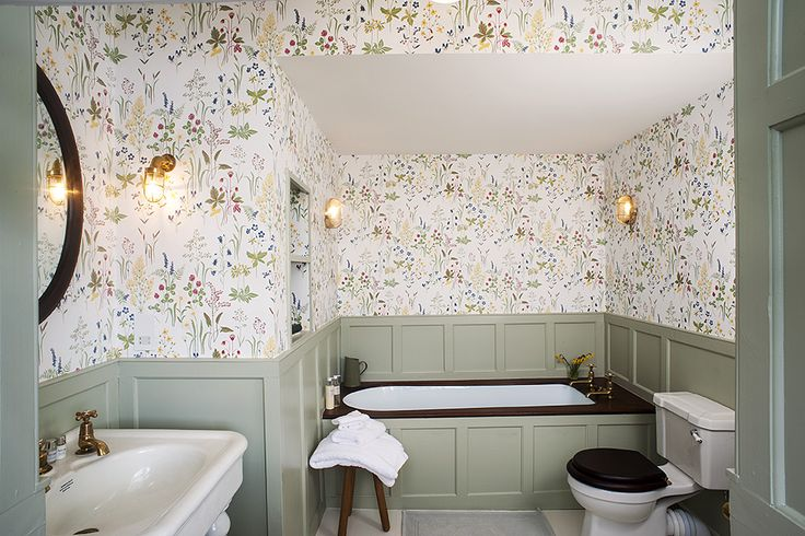 Coach Room Bathroom - Beautiful House Tour Of Georgian Wedding Venue Iscoyd Park Showcasing Their Brand New Boutique Hotel Style Accommodation In Their Period Property Makeover.