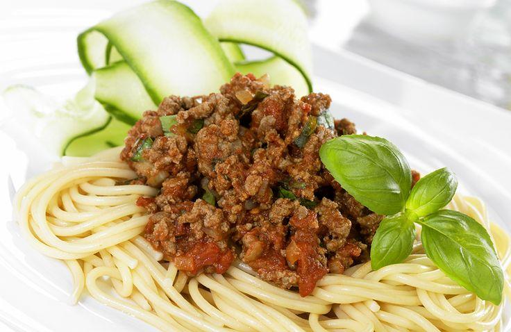 Deilig kjøttsaus som også kan brukes som fyll på pizza, i piroger og på varme smørbrød.
