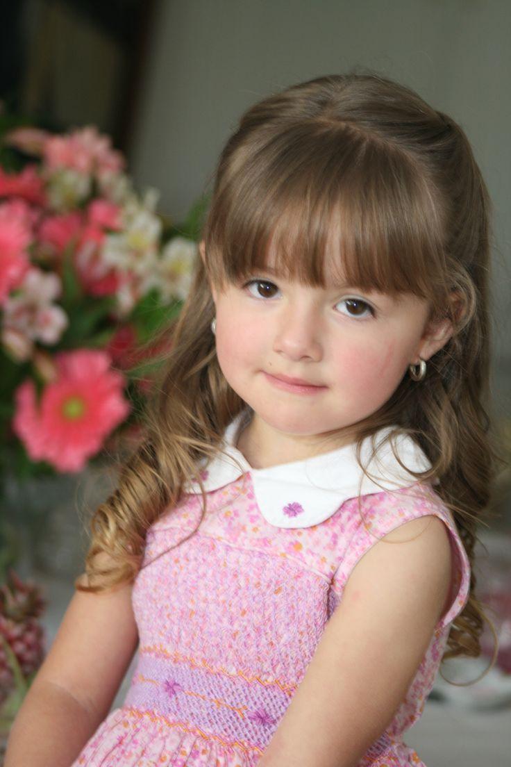 #vestido#rojado#encaje#niña#felicidad