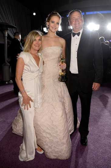 Jennifer Lawrence celebrated with her parents at the Governor's Ball! | Click to see the rest of the 100 best pictures from Oscar night!