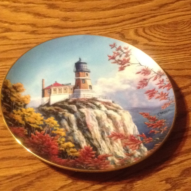 Split Rock Light by Charles Carter for Danbury Mint 1993 · Danbury Mint LighthousesPlatesLicence PlatesDishesPlateLight HouseLighthouseDinner Plates & 9 best Collected plates images on Pinterest | Dinner plates Dish ...