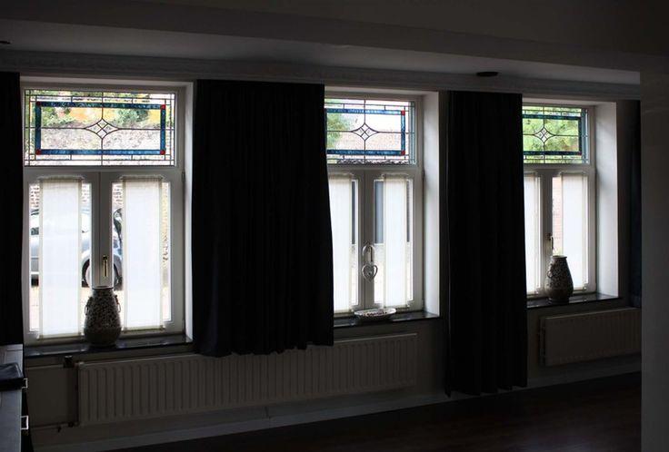 Bovenlichten uitgevoerd als voorzetraam of in isolatieglas gezet - Glas In Lood Toos Martens Wellerlooi