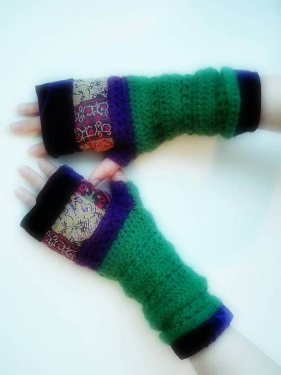 Hey, I found this really awesome Etsy listing at https://www.etsy.com/listing/520446848/gloves-arm-warmers-alpaca-wool-violet