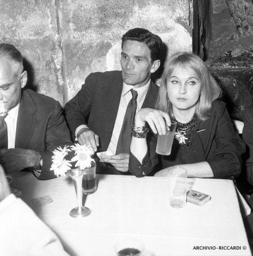 Pierpaolo Pasolini con Laura Betti e Alberto Moravia, 1960