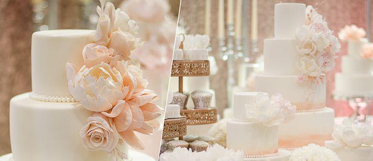 Hogyan válassz tökéletes esküvői tortát? Mit kell tudni a menyasszonyi tortáról?