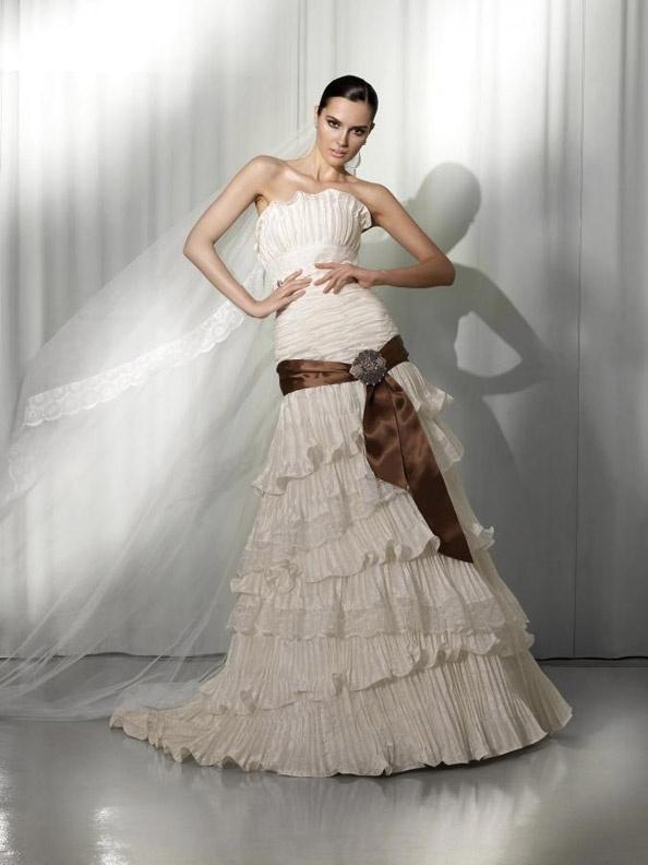 Svatební šaty Pepe Botella VN-301 od NUANCE, http://www.nuance.cz .