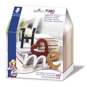 Kit de modelage Fimo Soft : Lettres - Homme : Ce coffret fimo, contient 4 pains de Fimo Effect 57gr avec emballages refermables. Il est idéal pour réaliser soi-m